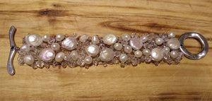 Bracelet - Coin and Baroque Pearls Mesh with Toggle Clasp