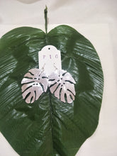 Tropical Large Metal Monteriodelicio Leaf Earrings