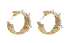 Amazing 18ct Gold Plate  Hook  Earrings with small Pearls