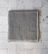 Meraki Towel / XL / White-Grey