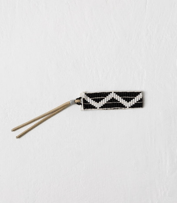 Sidai / Narrow Zig Zag Warrior Bracelet / Black & White