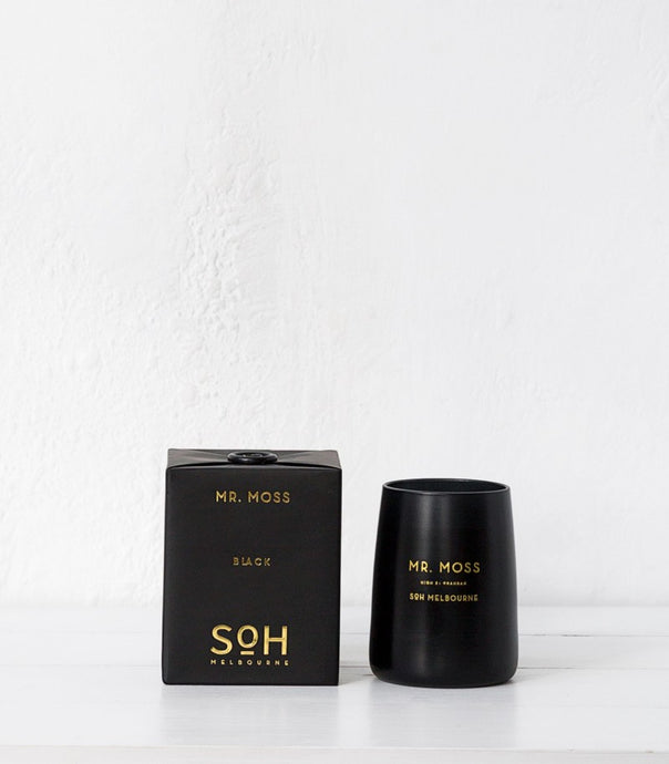 Mr Moss Black Candle / The Scent Of Home