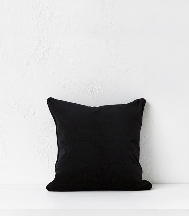 Zoe Cushion / 50x50 cm / Ebony