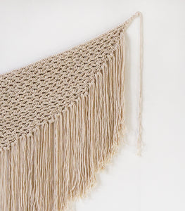 Macrame Hanging / Natural