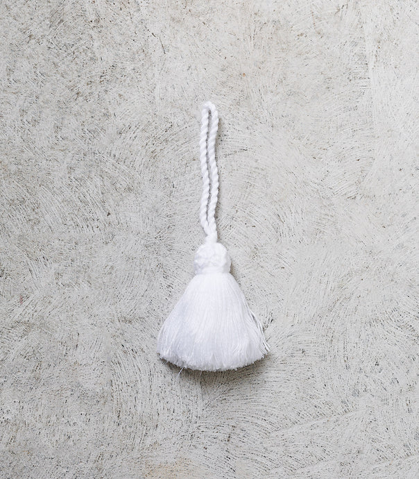 Wool Tassel / White