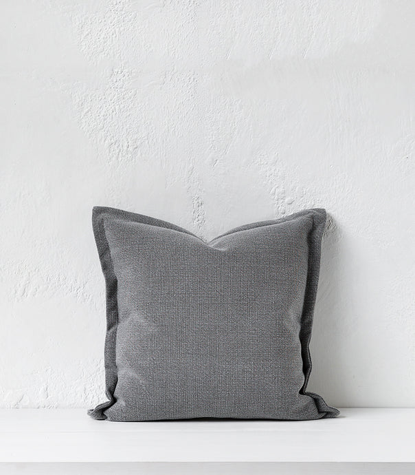 Austin Cushion w Feather Inner / 50x50cm / Storm