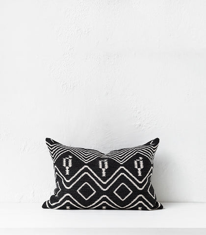 'Aztec Tribe' Cushion w Feather Inner / 60x40cm