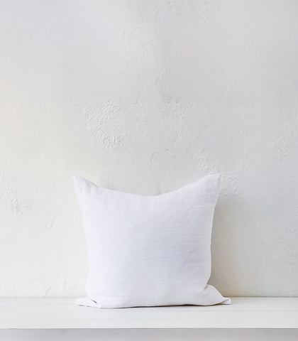 'Beach Sand' Cushion w Feather Inner / 55x55cm / White