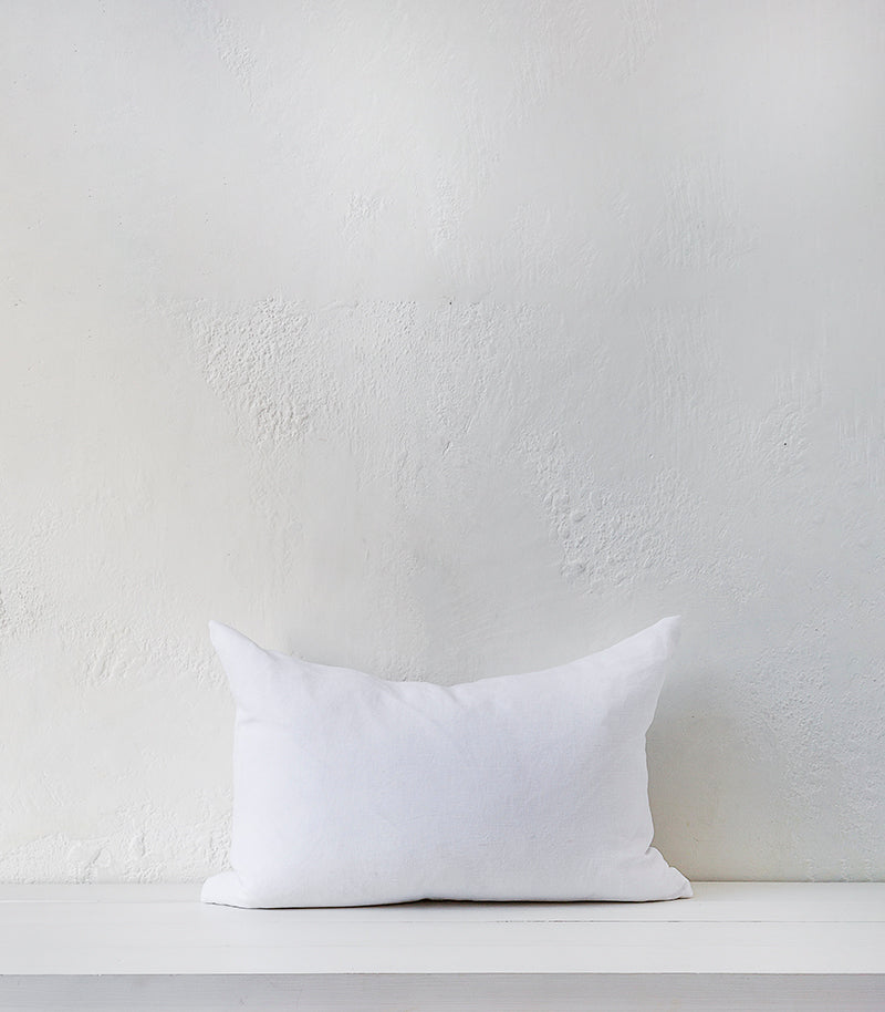 'Beach Sand' Cushion w Feather Inner / 60x40cm / White