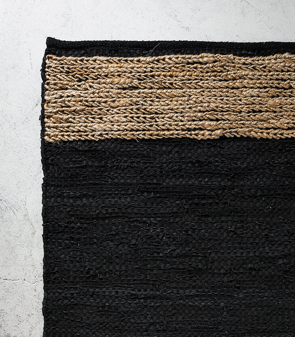Bogota Floor Rug / Leather-Hemp / Black-Natural / 50x140cm
