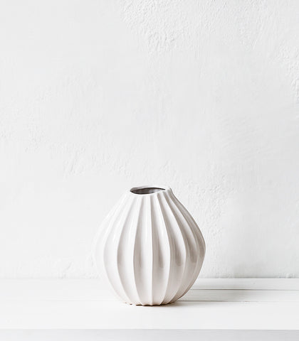 Broste Vase / Lines Wide / Medium