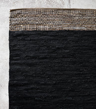 Caracus Leather Floor Rug / Black-Saddle / 160x230cm