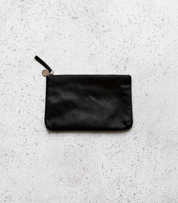 Cloth & Co / Leather Pouch / Black Fur