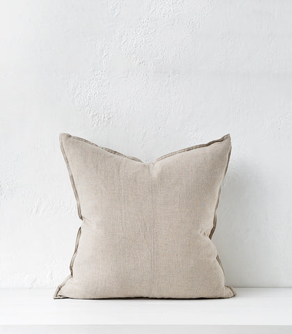 Como Cushion w Feather Inner / 60 x 60cm / Linen