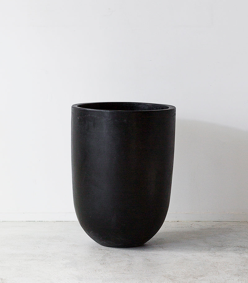 Concrete Planter / Black / Small