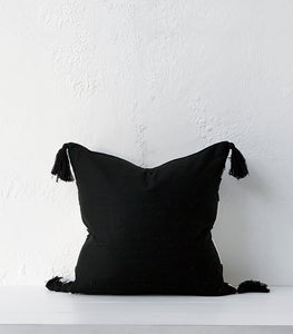 Huelva Cushion / Black & White / 50x50cm