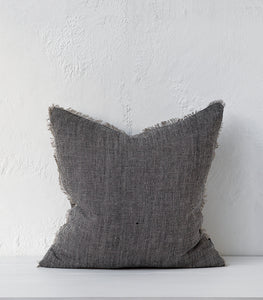 'Keaton' Cushion w Feather Inner / Black-Natural / 55x55cm