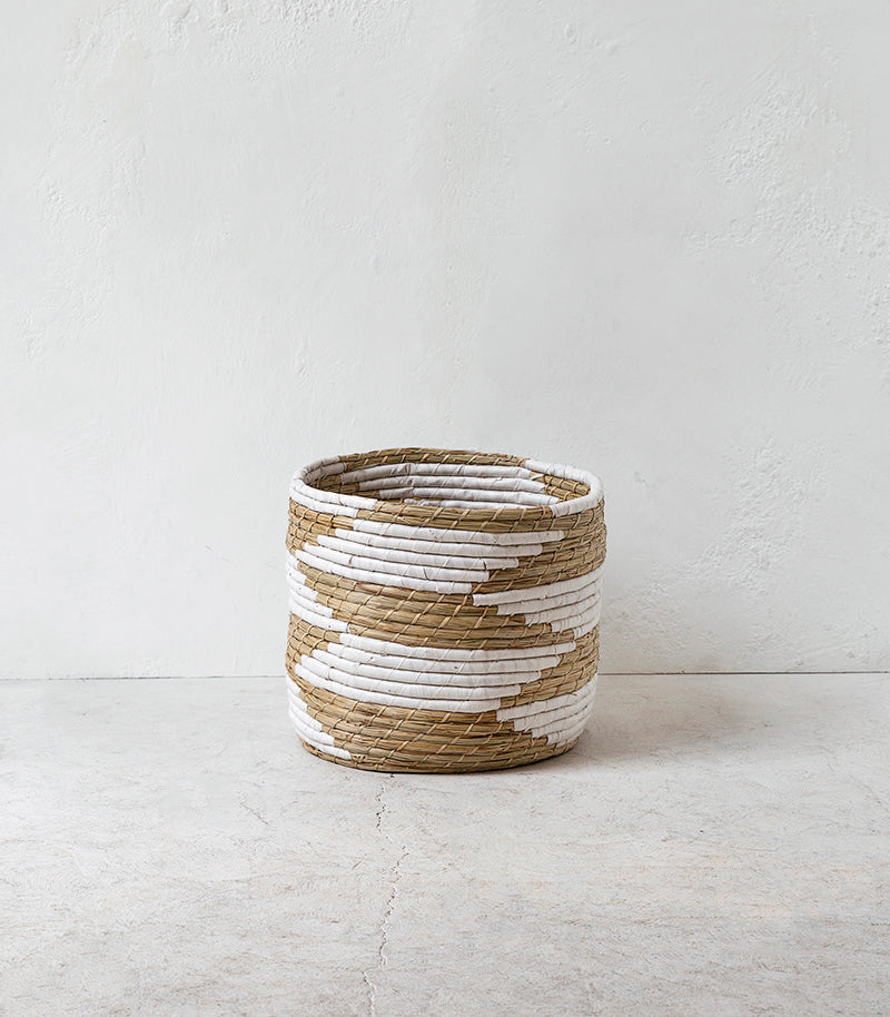'Mykonos' Woven Basket / White-Natural