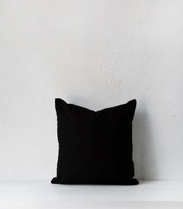 Outdoor / 'Fleck' Cushion  w outdoor inner / 55x55cm / Onyx