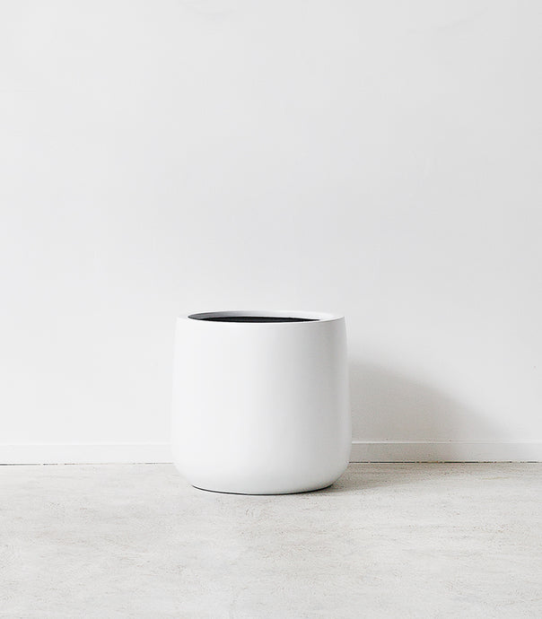 'Bianca Lite' Cylinder Pot / Matt White / Small