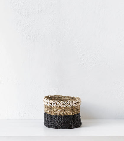 Seagrass Basket w Shells  / Black / Medium