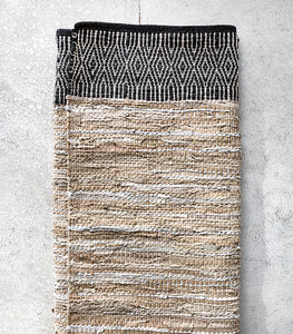 Caracus Leather Floor Rug / Sand-Black / 160x230cm