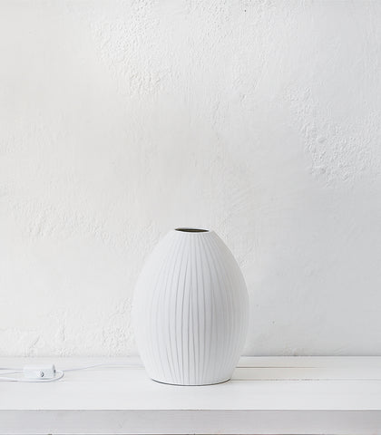 Table Lamp / Lines / Matte White