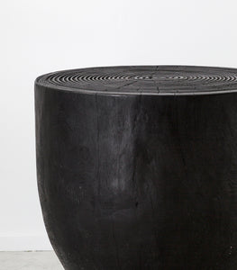 Ubud Torched Side Table w Carved Rings / Black