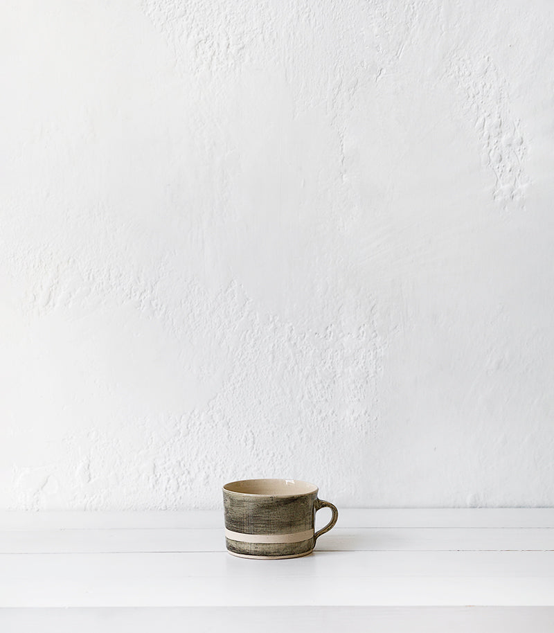 Wonki Ware / Squat Mug / Black Wash