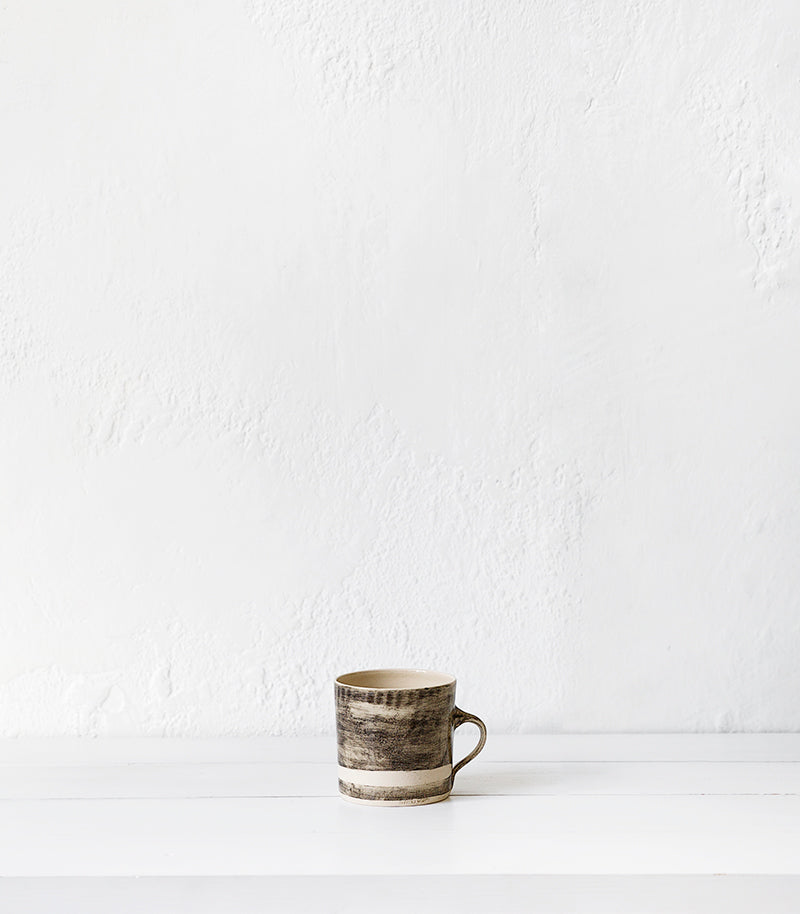 Wonki Ware / Straight Mug / Black Beach Sand