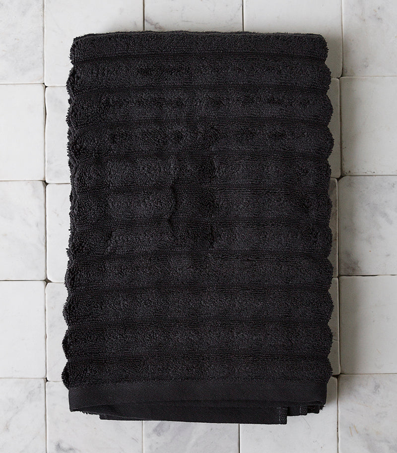 Zone Denmark / Bath Towel / Coal Grey