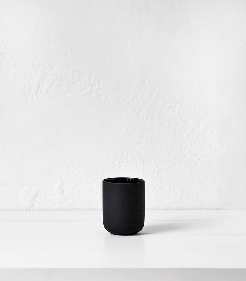 Zone Denmark / Toothbrush Mug / Black