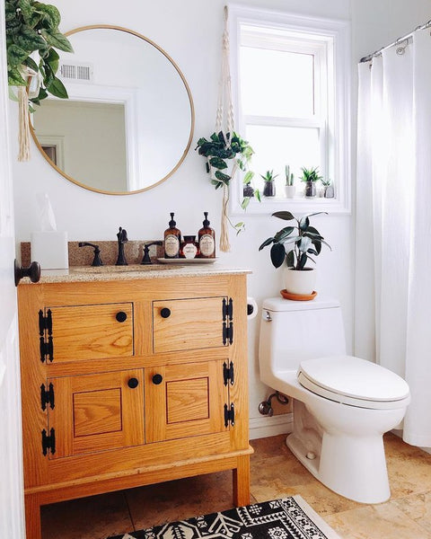 Yes, You Should Turn Your Bathroom Into a Lush, Plant-Filled Retreat.