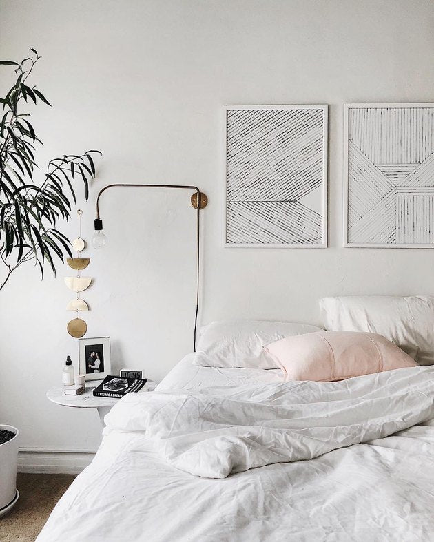 These 6 All-White Bedroom Ideas Will Make Minimalists Swoon