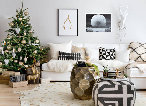 Decorating with Metallics for a Shiny and Bright Christmas