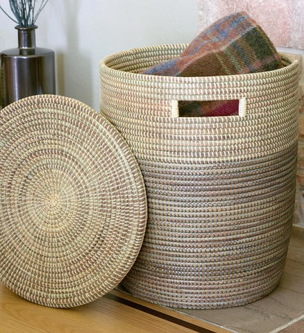 TRI-TONED FLAT-LIDDED BASKET