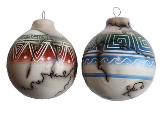 NAVAJO COLOR BAND HORSE HAIR POTTERY ORNAMENTS
