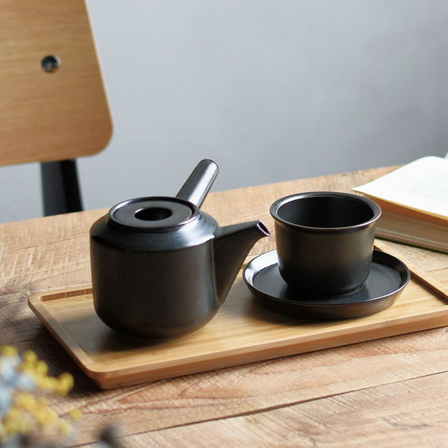 LOOSE TEA CUP & SAUCERS (JAPAN)