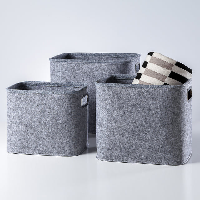 LIGHT GREY TALL FELT TOTES