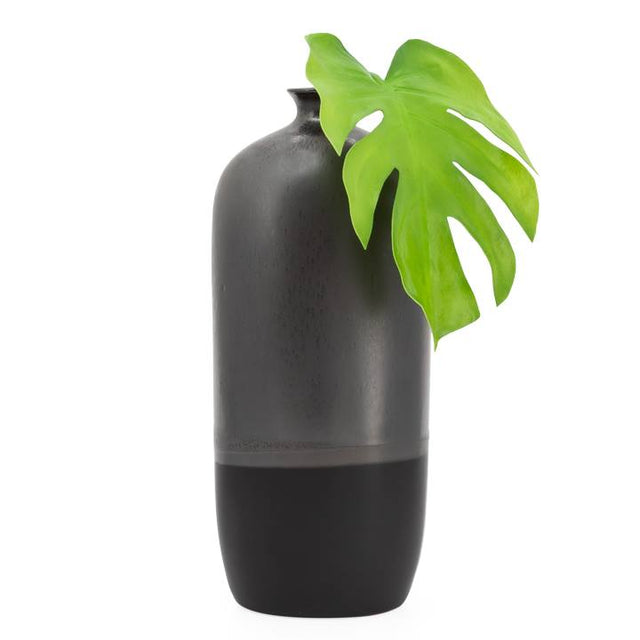 BLACK REACTIVE GLAZE BOTTLE VASES