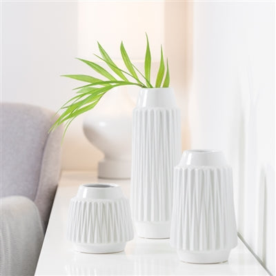 WHITE LEAN FACETED CERAMIC VASES