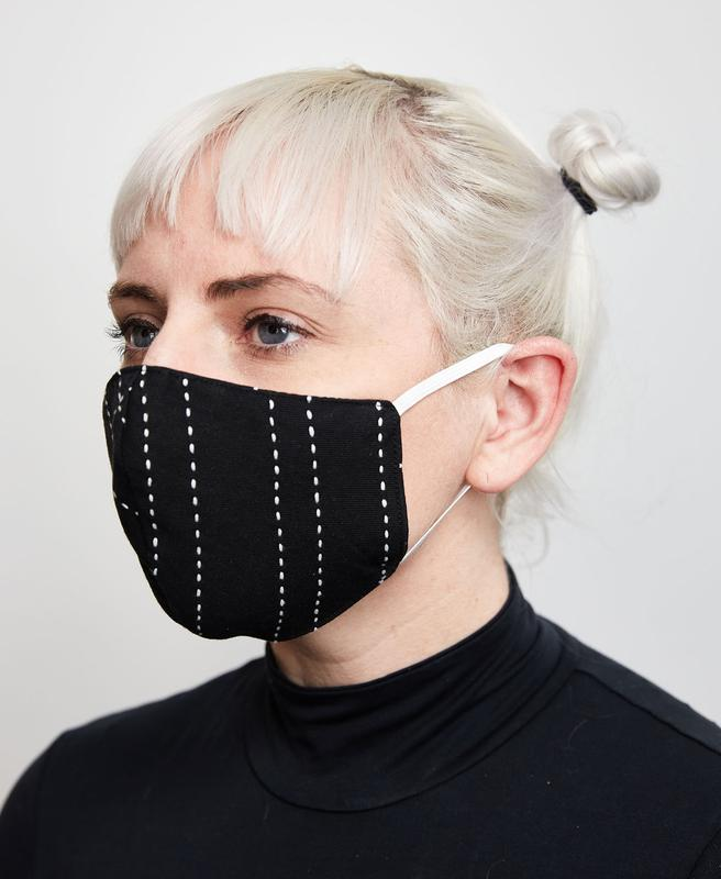 BLACK STITCHED FACE MASK