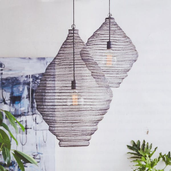 BLACK MESH BASKET PENDANT