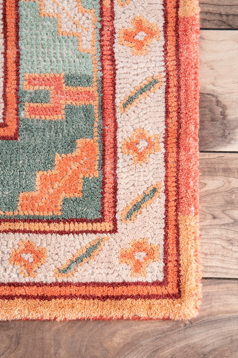 CHELE TRIBUTE | RUGS
