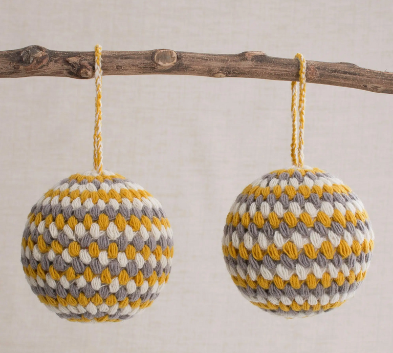 WOOL HONEY ORNAMENT (PERU)