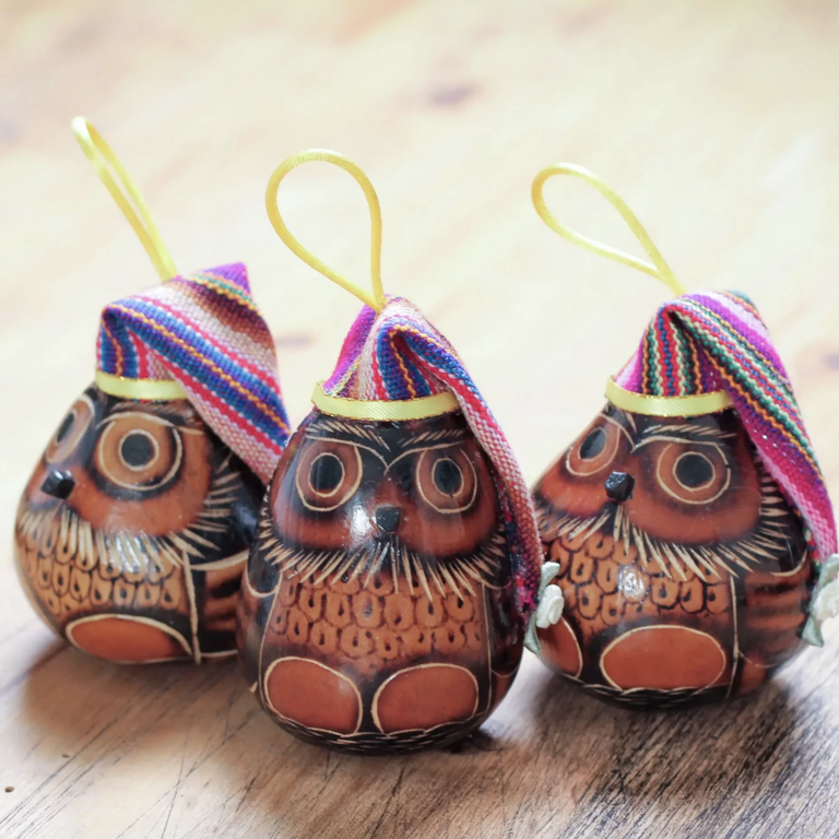 FESTIVE OWL GOURD ORNAMENT (FROM PERU)
