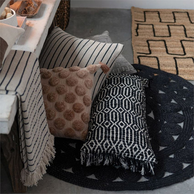 BLACK GEO PATTERNED LUMBAR | PILLOWS | STAG & MANOR