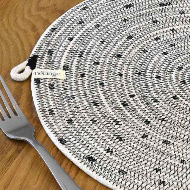 IVORY COTTON DOT STITCH PLACEMAT (SOUTH AFRICA)