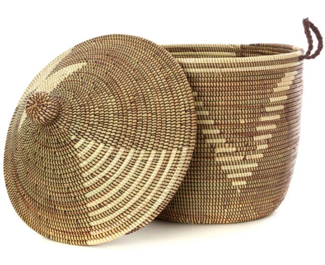 BROWN & IVORY DIAMOND CATHEDRAL BASKET (FROM SENEGAL)