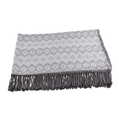 PERUVIAN GUNMETAL DIAMONDS THROW (PERU)